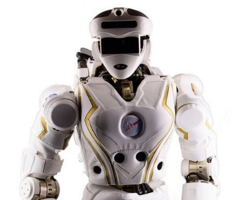 ヒト型ロボット